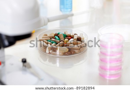 Tablet capsule medicine in lab