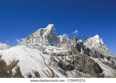 tabuche peak  from everest trek route in nepal