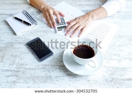 Taking notes and analyzing numbers