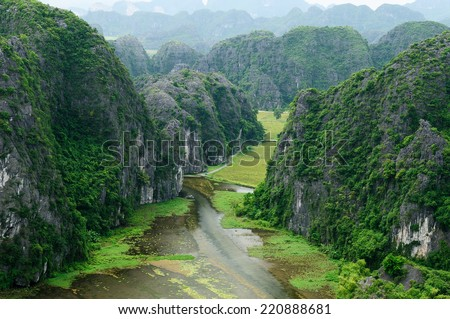 Tam Coc Natioanl Park, Karst formation in the water, Most spectacular scenery in Vietnam