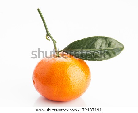 tangerine with leaves on white background
