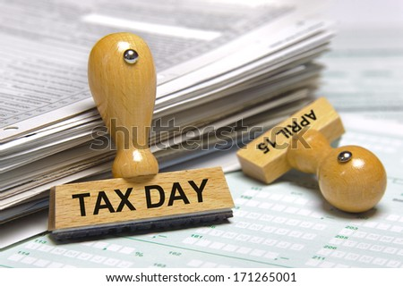 tax day april 15th - stock photo