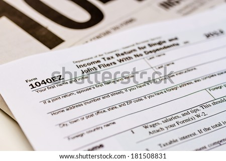 Tax form 1040EZ with separate set of instructions