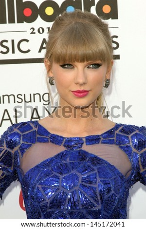 Taylor Swift at the 2013 Billboard Music Awards Arrivals, MGM Grand, Las Vegas, NV 05-19-13 - stock photo