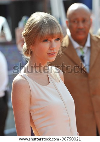 """Taylor Swift at the world premiere of her new animated movie """"Dr. Suess' The Lorax"""" at Universal Studios, Hollywood. February 19, 2012  Los Angeles, CA Picture: Paul Smith / Featureflash - stock photo"""