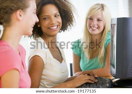 photo of girls using paid № 20008