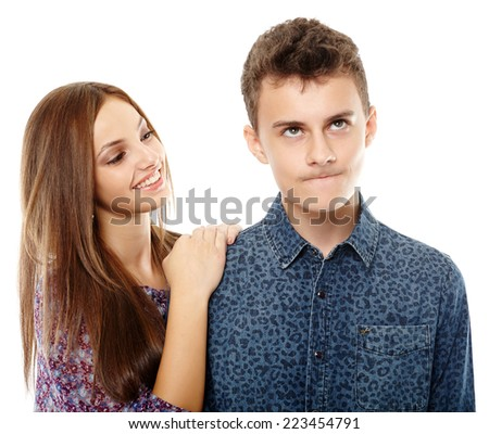 Teenagers: girl trying to make her boyfriend feel better