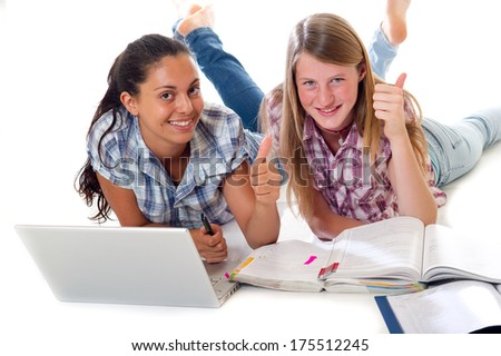 teens   study with laptop