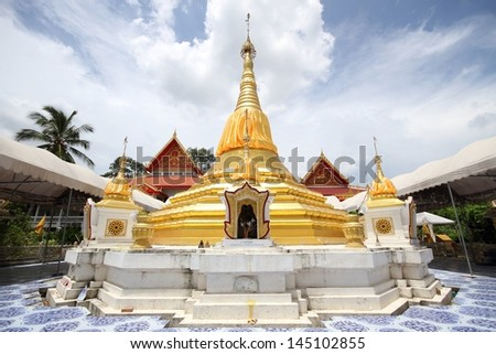 temple architecture near construction area in Nonthaburi province, Thailand