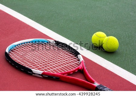 tennis racket and balls on the tennis court vintage color