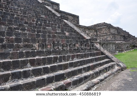 Teotihuacan in Mexico . The great Pyramid of the Sun and Pyramid of the Moon are the main attractions . They are linked by the Dead Street.
