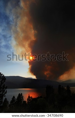 Terrace Mountain Fire, Kelowna, BC, Canada