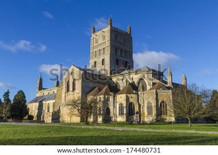 Tewkesbury Abbey, Gloucestershire, England founded by Robert FitzHamon in 1087 and completed in 1121. - stock photo
