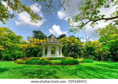 The Bandstand (or Gazebo) at the Botanic Gardens, an UNESCO World Heritage Site of Singapore. It has more than 10K species of flora, spreads over its 74ha area, and receives 4.5M visitors annually