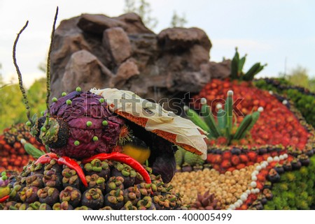 The beautiful insect and eagle sculpture made from fruit and vegetables for float decoration competition in Chanthaburi Fruit Festival.