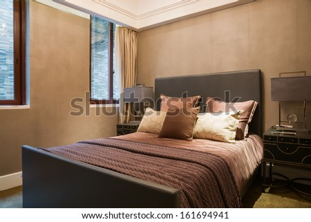 the bedroom with nice decoration