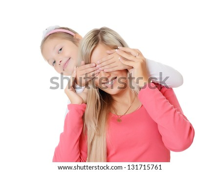 The daughter closes to mum of eye hands