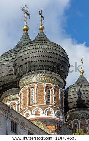 The domes of ancient churches in the Izmailovo island - Moscow, Russia