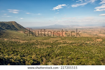 The Great Rift Valley from the Kamandura Mai-Mahiu Narok Road, Kenya, Africa