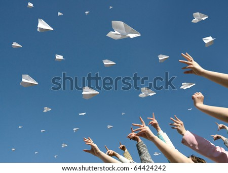 The Hands of children caught the messages in the manner of paper airplanes.