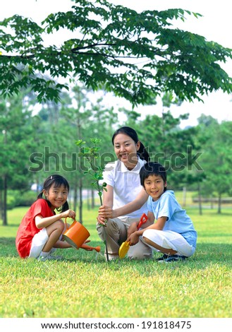 The image of korean family gardening