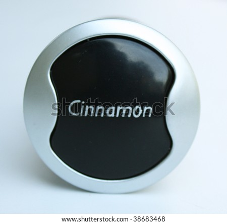 The label cinnamon - stock photo