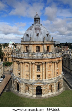The landmark Radcliffe Camera reading room of the University's Bodleian Library in central Oxford, England - stock photo