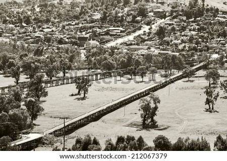 The landscape at Gundagai is dominated by four bridges spanning the Murrumbidgee flats: the historic Prince Alfred Bridge, the timber Railway Bridge, .built in 1866 - stock photo