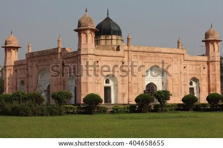 The mausoleum of Bibipari in Lalbagh fort, Dhaka, Bangladesh. - stock photo
