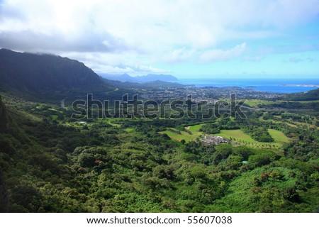 The Nu'uanu Pali Lookout on the Pali Highway, Oahu - stock photo