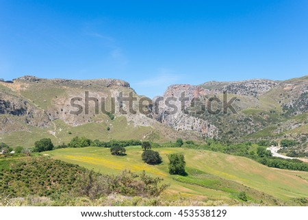 The Prassiano gorge starts south of the Village of Prasses. Its impressive rock faces and a few difficult points of access make hiking particularly interesting. An important bird area on Crete, Greece - stock photo