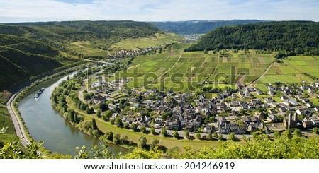 the river Mosel in germany, Moselkrampen and famous wines - stock photo