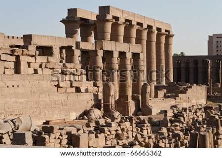 The ruins of the ancient Egyptian temple in Luxor