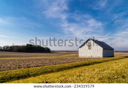 The rural farmhouse in the Illinois countryside. - stock photo