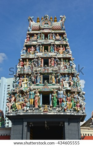 The Sri Mariamman Temple is oldest Hindu temple of Singapore