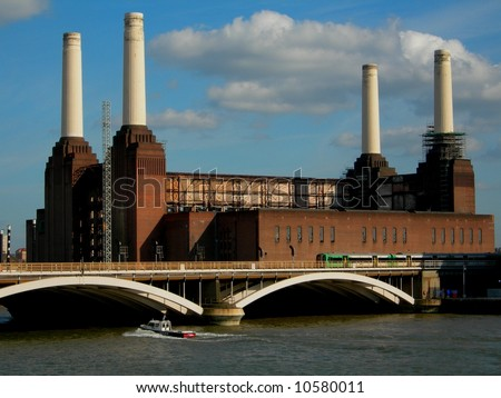 The symbol of the industrial revolution - Battersea Power station