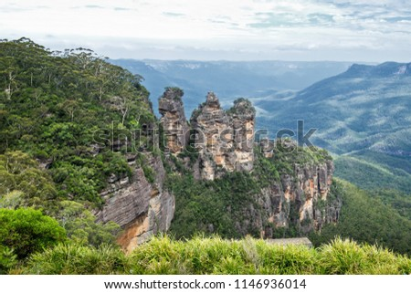 The Three Sisters in Blue Mountains. Australia.