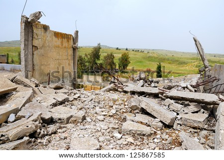 The thrown buildings in the demilitarised zone on the Syrian-Israeli border - stock photo