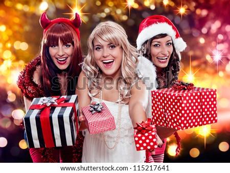 the unlike trio 05/three christmas messengers - stock photo