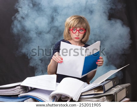 The woman with surprise reads magazine - stock photo