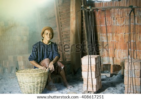The worker is getting rest at the Brick Kiln plant : Memory of labor day