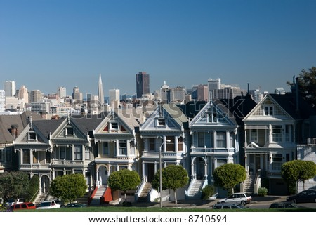 These are the famous six sisters homes in Alamo Square in San Francisco.