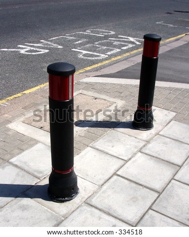 Security bollard / wooden / for public spaces - BRISTOL - Street ...