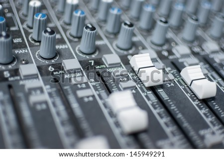 This mixer is used to mix the melodic music