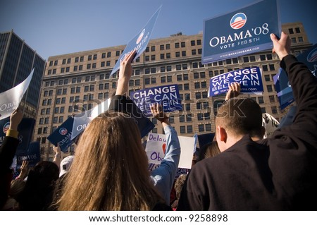 Thousands of supporters wave signs as U.S. Senator Barack Obama (D-IL) campaigns at a rally in Rodney Square February 3, 2008 in Wilmington, Delaware.