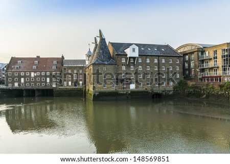 Three Mills - former working mills on the River Lea in the East End of London - one of London�s oldest extant industrial centers. Three Mills is possibly largest tidal mill in the world.