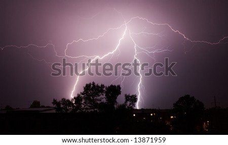 thunderbolt in the night sity