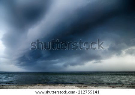 thunderstorm cloud structure ove pamlico sound at obx - stock photo