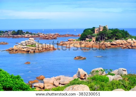 Tidal islands in a lagoon by Tregastel on English Channel Pink Granite Coast, Brittany, France - stock photo