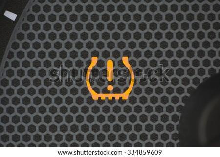 dashboard warning lights stock images royalty free images vectors shutterstock. Black Bedroom Furniture Sets. Home Design Ideas